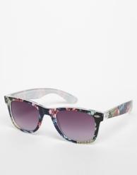 Wayfarer Sunglasses €17.06 ASOS
