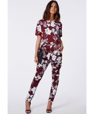 Missguided: Silk feel blouse €20.99, Trousers €34.99