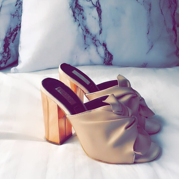 Mules, fashion, style inspiration, photography, rose gold, inspiration, primark