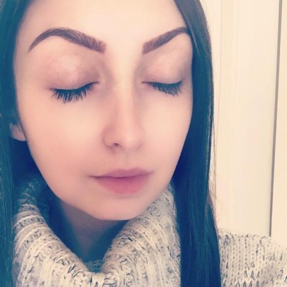 Irish blogger, Irish beauty blogger, skincare, photography, makeup free, winter skincare,